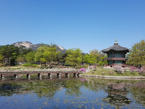 Hyangwonjeong traditional royal tea house at Gyeongbok Palace