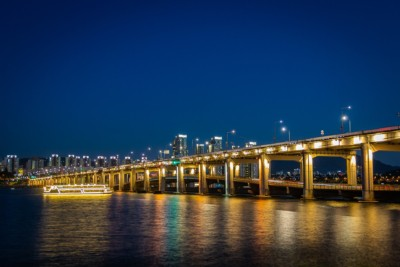 Beautiful night views of the Han River during a cruise